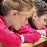 рисковете на ранния пубертет при момичетата (и това не е секса)