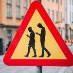 """Речник на новите чужди думи – """"Номофобия"""" – страхът от това да си без мобилен телефон"""